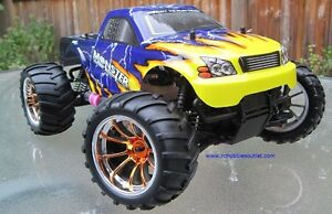 New Nitro Gas RC Truck  4WD 1/10 Scale 2.4G