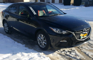 2015 Mazda 3 Command start heated seats 22K back up camera