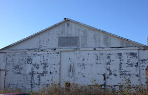 commercial land and building for sale/trade