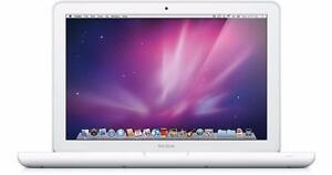 "MacBook 13.3"" Intel Core 2 Duo 4 GB Ram 2010 With Warranty"