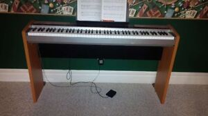 Casio Privia PX-100 Keyboard and Stand