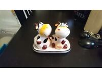Pair of cow salt and pepper shakers with stand - unused