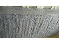 Single sprung mattress