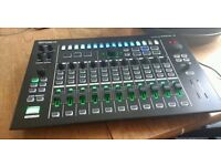 Roland Aira Mx-1 Mixer / Audio Interface / Effects / Midi Step Sequencer Boxed, Like New!