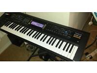 Roland GW-8 Workstation amazing all in 1 keyboard