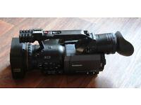 Panasonic DVX100B MiniDV pro camcorder