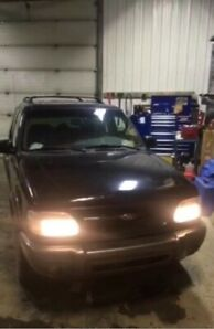 2000 Ford Explorer sport 1900 obo or interesting trades
