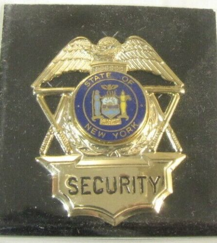 Obsolete New Cadet Premium Gold Security Officer Badge Shield New York Seal 1A4