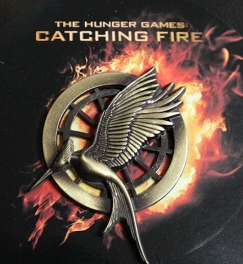Hunger Games Mockingjay Pin - CATCHING FIRE - 2013 SDCC Edition - New!