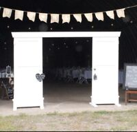 Rustic archway / entrance for rent