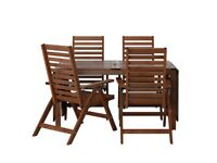 Table & 4 Reclining Cairs