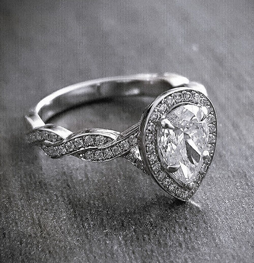 Fine 1.65 Ct Pear Cut Diamond Halo Twist Style Engagement Ring G,VVS2 GIA 14K WG
