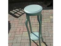 Vintage pedestal shabbychic