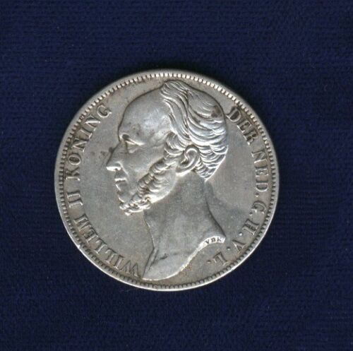 NETHERLANDS  WILLEM II  1846  1 GULDEN SILVER COIN,  XF+