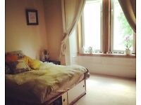 3 Double Bed Flat in West Endof Glasgow for Rent