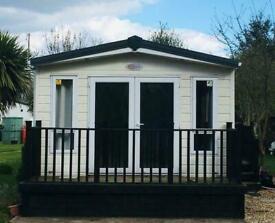 2 bed Lodge on Billing Aquadrome Call JAMES on 07495 668377