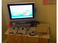 Dreamcast 2 controllers and games
