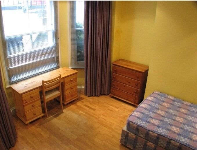 A large double studio room for single occupancy