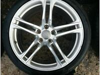 Audi R8 alloys and tyres