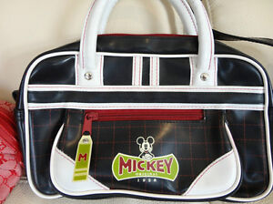 Selling My Neices Collection of Purse's - $15 each or 2/$27 Kitchener / Waterloo Kitchener Area image 3