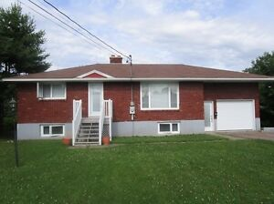 87 GORGE RD, MONCTON NORTH! FULLY RENOVATED AND OPEN CONCEPT!