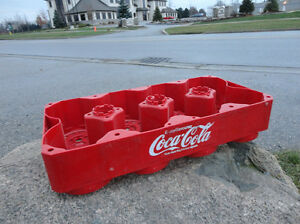 Coca Cola 8 Bottle Carry Tray - Great Condition Kitchener / Waterloo Kitchener Area image 2