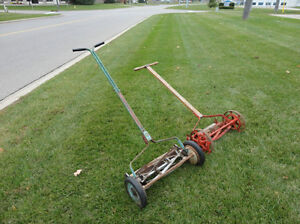 Vintage Belle Isle Early 1910's Cast Iron Reel Mower Still Works Kitchener / Waterloo Kitchener Area image 9