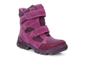 NEW!! ECCO girls size 33 Snowboots RRP £75