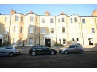 Huge 3 Double Bedroom Flat In Desirable Mansion Block - Oval - £540!