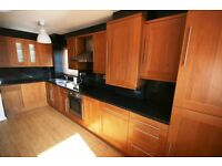 Four double bedroom property for rent in Brockley close to Goldsmiths uni. *Great for groups*