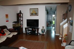 South side pet-friendly  4-bedroom house with double-size garage