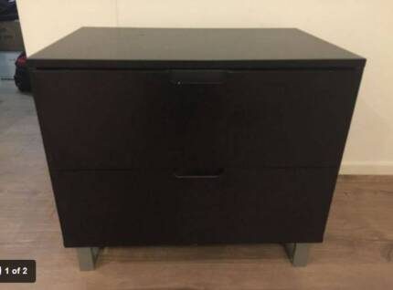 FREE 2 X BEDSIDE TABLES Little Bay Eastern Suburbs Preview