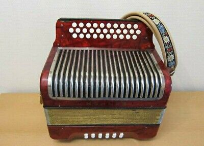 Hohner corona III GCF Button Accordion Corona III Classic Straps, Pearl Red