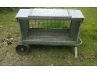 Small sheep feeder