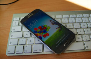 Samsung S4 With Case 16 GIG