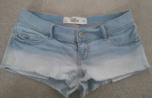 HOLLISTER faded denim shorts ombre size 1 25 Summer cute