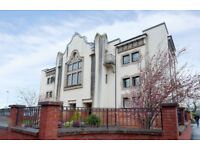 *NEWLY ADDED TO THE MARKET-LARGE 2 BEDROOM FLAT-SOUTH SIDE-UNFURNISHED-£825 PER MONTH AVAILABLE NOW*