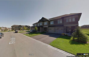 New model townhome in Kanata Lakes (3beds, 3bath,1800sq FT)
