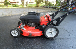 Lawnmower – 2006 Ariens LM21S 6 HP Kawasaki Self Propelled 21