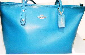 COACH - BRAND NEW Beautiful Turquoise Purse with Gold Accents