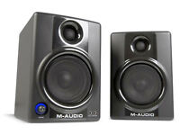 M Audio AV40 Studio Monitors Pair Active Excellent Condition