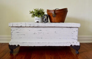 Antique shabby chic trunk/coffee table