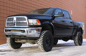 2014 Dodge Ram 2500 Diesel SLT Crew 4X4 Lifted 37's Pickup Truck