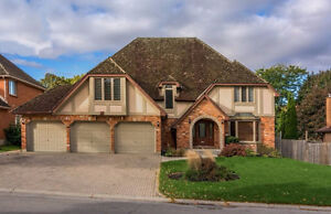 Luxurious *Masonville * UWO/IVEY Executive 4 Bdrm * 4 Bath Home