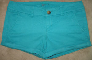 WOMEN'S AMERICAN EAGLE TWILL MIDI SHORTS, SIZE 4