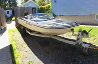 1985 cricket speed boat 15 foot $2500 or trade for..