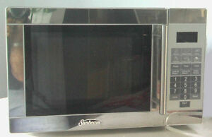 Microwave  Stainless steel and WHITE
