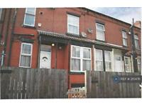 2 bedroom house in Harlech Grove, Leeds, LS11 (2 bed)