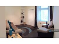 1 bedroom flat in Ashvale Place, Aberdeen, AB10 (1 bed) (#1218286)