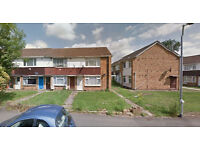 Lovely Studio flat on first floor available in Hillingdon Housing Benefit and DSS accepted.